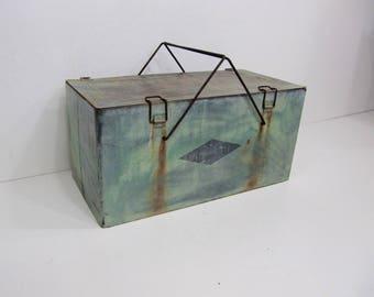 Vintage Cooler, Ice Chest, Thermaster, Picnic Cooler, Beverage Cooler, Pop Cooler, Green