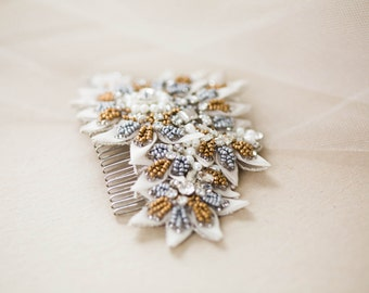 Vintage inspired Bridal Hair Comb - Style R96 ( Ready to Ship)