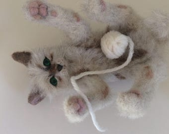 This is now SOLD...nedle felted cat