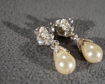 Vintage Art Deco Style Silver Tone Rhinestone Faux Pearl Tear Drop Dangle Pierced Earrings Jewelry -K#31