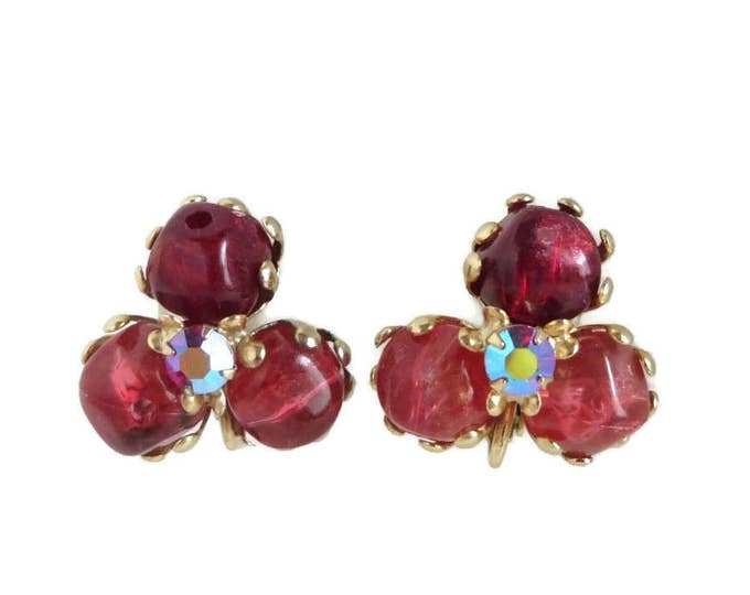 Red Bead and Rhinestone Gold Tone Vintage Clip-on Earrings