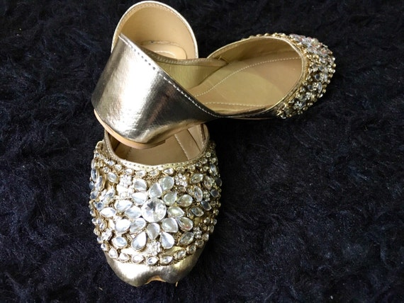 48c308c1ddfb high-quality Spring Sale Kundan Khussa Flats Wedding Shoes Flat Asian Shoes.  Kunjan khussa Bridal Shoes Flats Silver Wedding Handmade Flats for women ...