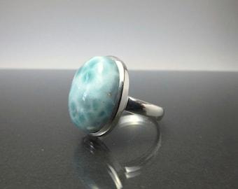 Caribbean Blue Larimar Sterling silver ring / L19/ Larimar Cabochon, Atlantis Stone from the Carrebean / gemstone blue