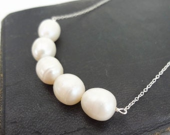 Luminous Pearl Necklace