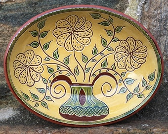 Three Flower Bowl with Green Leaves - Sgraffito SG496