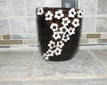 Ceramic hand thrown pottery bow, vase. Black with white hand made flowers. Food and dishwasher safe. 4 x  4.6