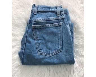 Vintage 90s Gap Classic Fit Blue Denim Mom Jeans 7/8