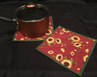 Sunflower Quilted, Insulated Pot Holder Set