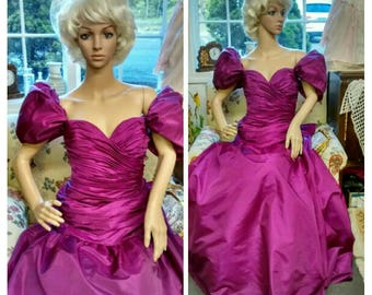 Victor Costa Lord & Taylor Gown