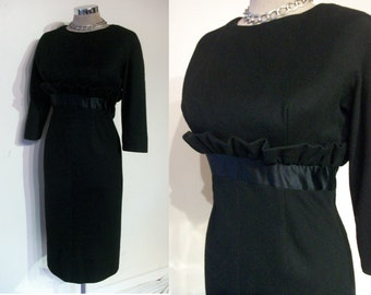 "Uber chic late 1950s wiggle dress w/ruffle bust 35"" fab moderate H line silhouette"