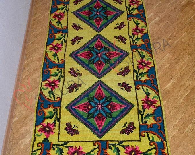 Bessarabian Kilim & area rugs. Vintage Moldovan Kilim, Rose kilim rug, handmade carpet. Vintage handwoven wool rug carpet.