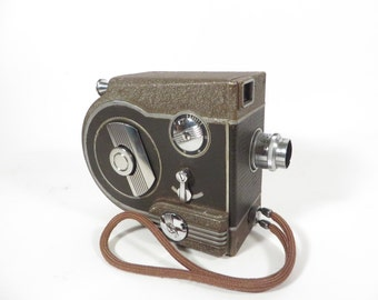 Vintage Revere Eight Model 77 - 8mm Movie Camera
