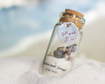 10 Beach Favours with Magnets - Wedding Personalized Sand and Shell Bottle Favours/Wedding Favors/Destination Wedding