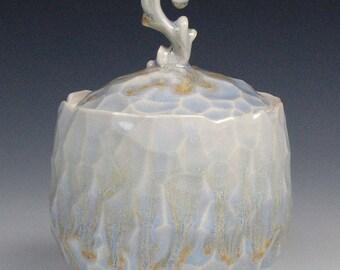 Large Icy Elvish Jar