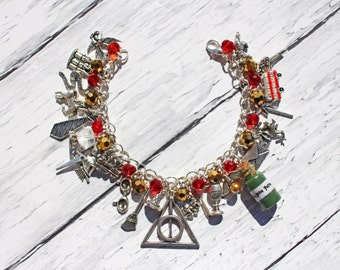 Harry Potter Inspired Ultimate Fan Gryffindor/Slytherin/Ravenclaw/Hufflepuff You Choose Beaded Charm Bracelet