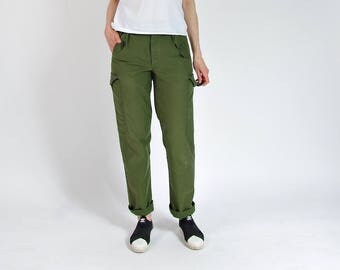 80s Swedish Army Utility High Waisted Distressed Cargo Pants / Size S-L