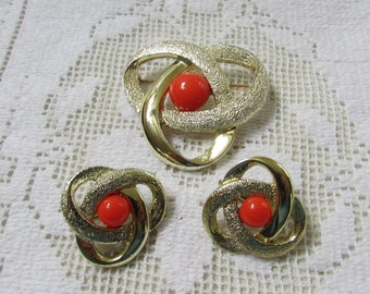 vintage Sarah Coventry ORBIT brooch and clip on earrings set demi August 1968 Book Piece