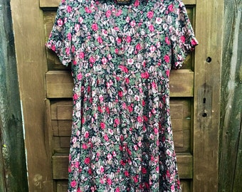 Vintage 90's Floral Print Babydoll Dress of Perfection by Designs size medium