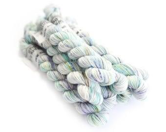 Sock Yarn Mini's Superwash Merino/Nylon 85/15 4ply Handdyed Yarn: TIDE POOL