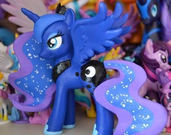 My Little Pony G4 Princess Luna custom OOAK figure