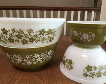 Set of 4 Pyrex NESTING Bowls Retro Avocado Green FLORAL Crazy Daisy Spring Blossom  Mixing Corning Ware GLASS Cottage Chic Kitchen Mint
