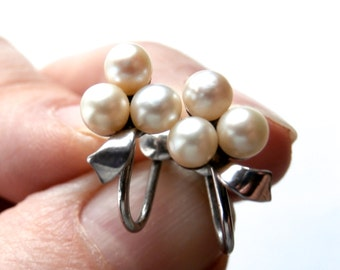 Pearl Cluster Earrings - Screw Back Earrings - Vintage Silver - Real Pearl