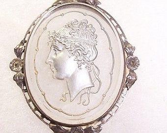 Beautiful Silver Vintage Intaglio Pendant Necklace