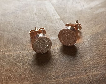 Dots Rosegold Studs - earstuds rosegoldtone - minimal, trendy, circle, stainless steel, earrings, studs, fashion, trend, druzy, round, dots