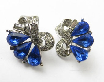 Gorgeous Blue and Diamond Rhinestone Earrings in a Silver Tone Setting, Screw Back Earrings, Mid Century