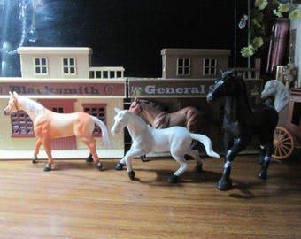 lot c 6 horses