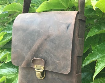 Handcrafted leather unisex bag, Leather man bag