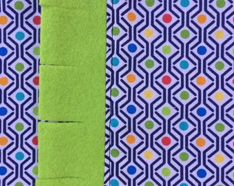Catnip Playmat With Refillable Pocket Multicolored Geometric Design