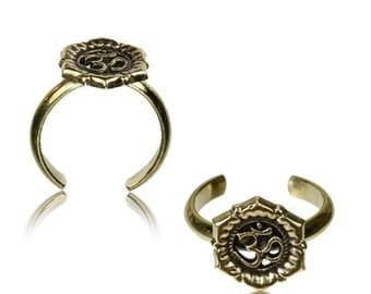 Brass toe ring OM flower golden antique adjustable nickel-free (RB-225)