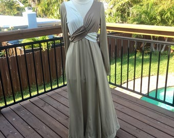 1970s Two-Tone Maxi Dress Gown