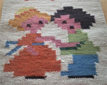 Wall hanging / tapestry rölakan / a fall in love in the 1960s.