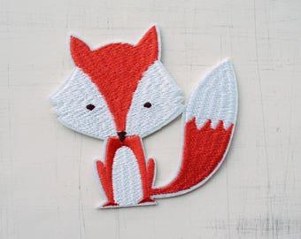 8 x 9cm, Cute Little Fox Iron On Patch (P-429)