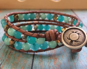 Sea Turtle Bracelet, Turtle Bracelet, Leather Wrap Bracelet, Beaded Wrap Bracelet, Distressed Leather, Beach Bracelet, Aqua Beads