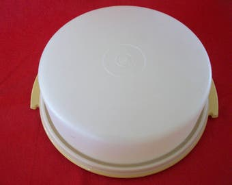 Vintage Tupperware Pie Saver/Taker - No Handle