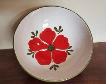 Red poppy bowl