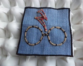 Harry Potter Fans Patch, Hand Embroidered Patch,Harry Potter Scar and Glasses Art,Sew On  Patch,Hand Sewn Patch,Fabric Patch,Upcycled Denim