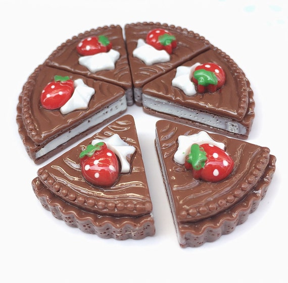3pcs.21x22mm.Miniature Cabochon Cakes,Miniature Cookies,Miniature Cake Cabochon,Resin,Miniature Sweet,Miniature Chocolate Cake
