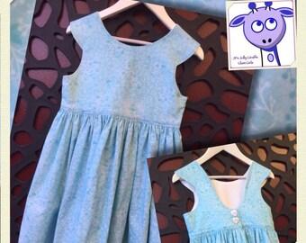 Girls summer dress //  size 7 //  blue cotton  //  floral