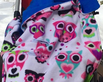 Car Seat, Stroller Blanket, with Owls and blue backing