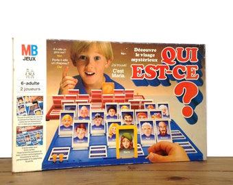 """Vintage game """"Qui est-ce"""" (""""Who is it?"""")"""