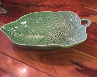 Gorgeous Vintage Glazed Ceramic  Banana Leaf Salad Serving Bowl Portugal