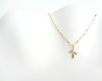 Gold Leaf Necklace, Simple Bridesmaid Necklace, Simple Leaf Necklace, Simple Gold Necklace, Silver Leaf Necklace