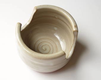 Sponge holder, ceramic pottery kitchen sponge dryer, red clay, cream glaze. Wheel thrown, handmade sink cleaning decor