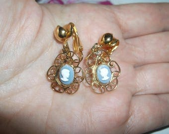 Vintage Light Blue Cameo Dangle Gold Tone Filigree Clip On Earrings, Powder Blue Cameo Drop Dangle Earrings