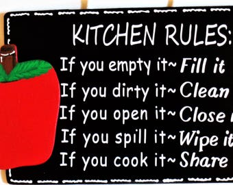 APPLE Kitchen Rules SIGN Wall Hanger Hanging Plaque Handcrafted Hand Painted Country Wood Crafts Decor