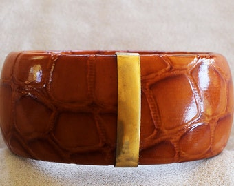 SALE: Vintage Retro Textured Embossed Caramel Brown Faux Leather Bangle